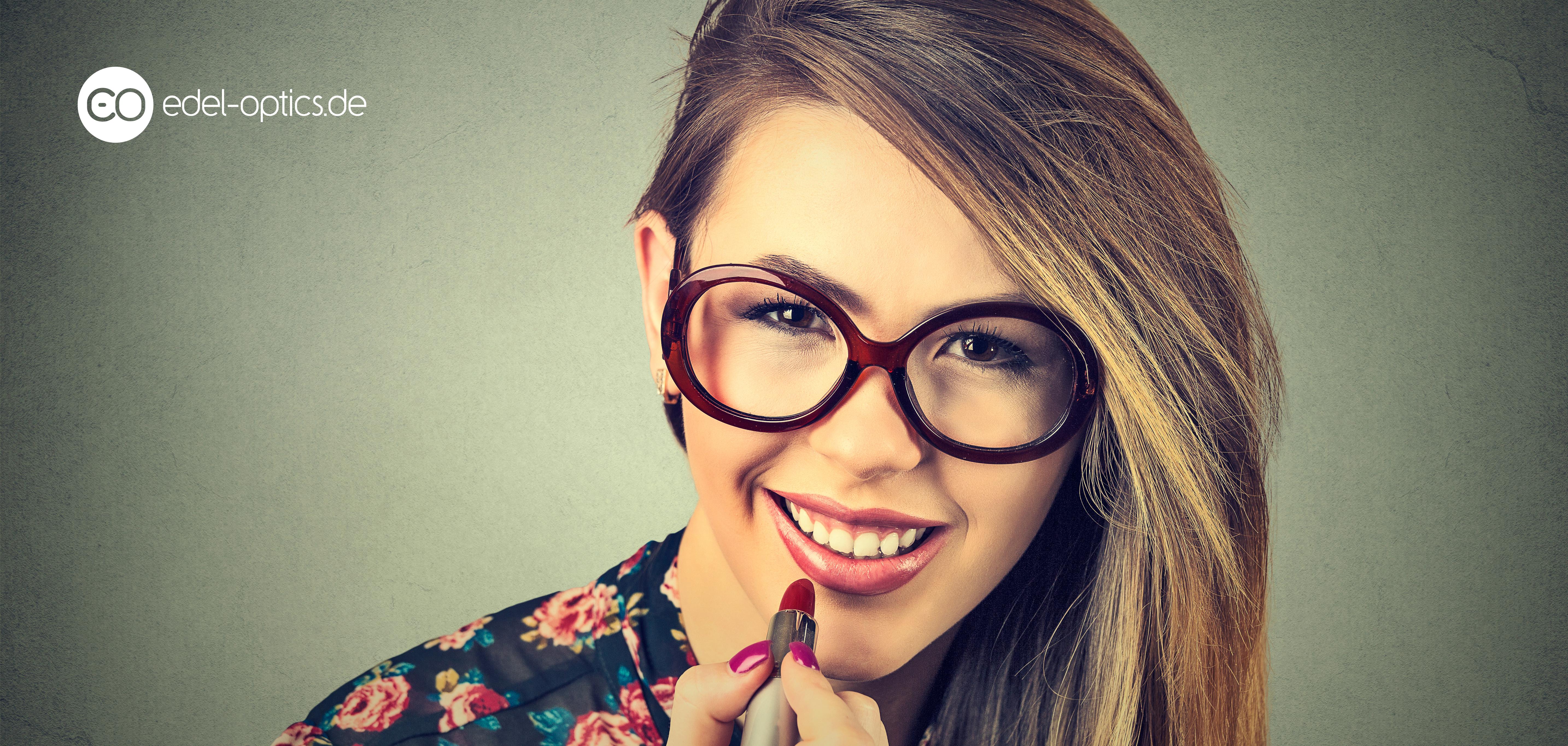 Brillenträgerinnen frisur Frisuren Für